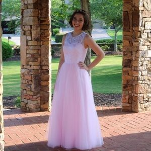 Dresses & Skirts - Pink Lace Prom Dress
